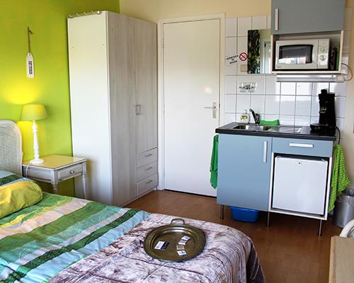 Pension Zandvoort Rain Forest studio 400 x 500 02
